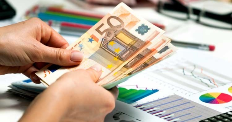 courtier-credits-restructuration-rachat-credit