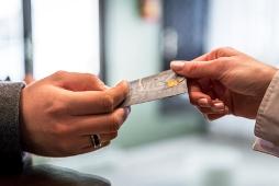 Les moyens de paiement à l'étranger